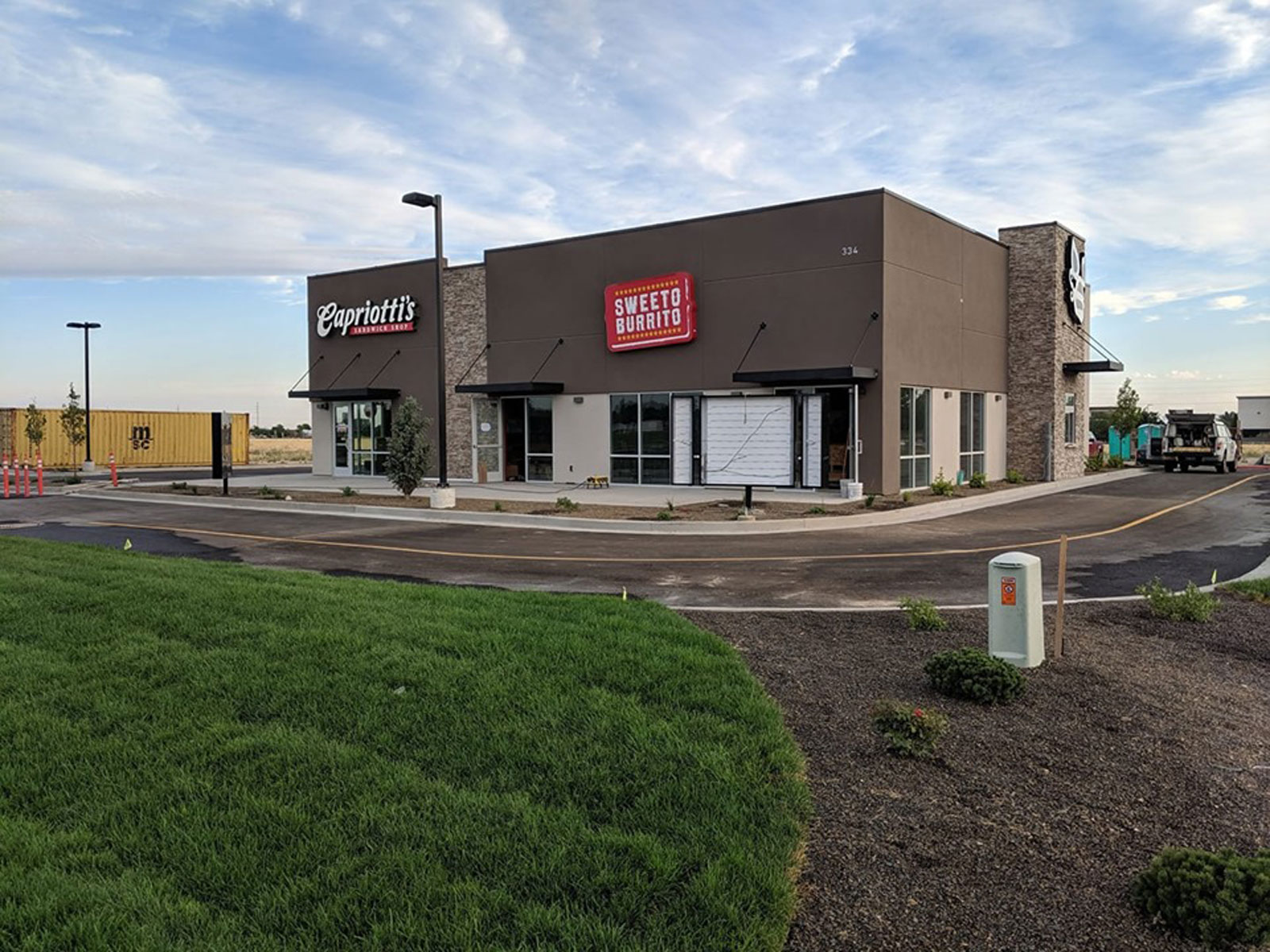 North Haven Retail - Main Photo